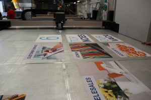 eps postprint decoupe laser versatech multitech textile stand