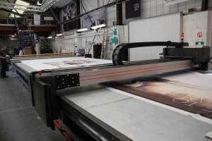 eps psotprint decoupe versatech multitech laser textile